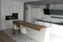 Meble kuchenne / Bogata i kompleksowa oferta mebli kuchennych w Świebodzinie wykonywanych na zamówienie przez naszą firmę pozwala na optymalne zagospodarowanie kuchni w każdym mieszkaniu.