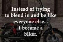 Słowa / Cytaty, napisy i inne inspirujące nas słowa o motocyklistach, życiu itp., które uznaliśmy za fajne