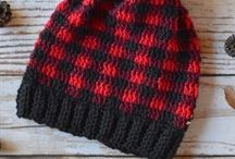 Crochet hats and headbands patterns / Crochet hats, crochet headband patterns, inspiration and more.