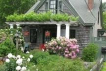 NEW ENGLAND COTTAGES