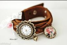 Zegarki z bransoletką skórzaną MadameLili / Zobacz cudowną kolekcję ręcznie robionych zegarków skórzanych MadameLili. Te małe dzieła sztuki świetnie dopasują się do Twojego stylu. Zamów je na www.ribell.pl.