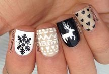 CHRISTMAS NAILS / Ideas for christmassy manicure
