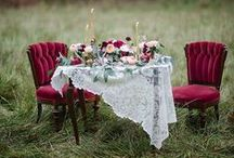 Winter Weddings / Contrasting colors with white all aglow...