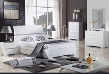 White Inspiration  / Be it arctic white, ivory or glossy white, splashes of white color for your beautiful bedroom.