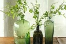 Green Art & Decor / We love the color green in all its shades. Green symbolizes life!