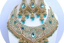 Kundan Jewellery Online / Buy all latest kundan sets, Indian jewelry, kundan jewellery online through chennaistore and get Delivered to your home.