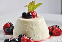desserts / by Anita Sprangers du Bois