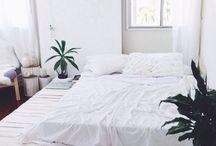 B e d r o o m  s t u f f / Anything that relates to my bedroom.