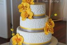 Wedding Cakes / Whether you plan on having an intimate wedding or a large formal affair, the cake is what tops the night.  Come here to get ideas for flavors and design.