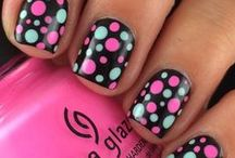 Beautiful Nails / Whether you do your own or go to a nail salon, come here for inspiration.