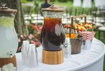 CT Backyard Wedding / Photography: Manny Vargas Photography | Catering: Forks and Fingers