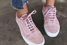 • Pumped Up Kicks •