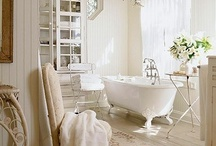 cottage style ~ bathrooms / bathrooms that I love...and want...