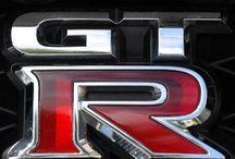 GTR Wonder / Pins admiring the Nissan GTR.