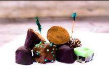 GrachtenAtelier Bonbons maken / Laat je ultieme chocoladedroom uitkomen met onze Bonbonworkshop!  Een workshop waarbij je samen met je vrienden, familie of collega's bonbons gaat maken en waar we jullie de fijne kneepjes van het vak zullen bijbrengen.