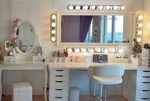 ⠀⠀Makeup / Beauty room