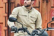 Metropol_line / J'aime me déplacer rapidement et simplement en ville. Je ne suis peut-être pas toujours un « vrai » motard, mais je roule au quotidien et toute l'année… J'ai besoin de style et de discrétion, de pouvoir porter la même tenue aussi bien au bureau, en ville, que sur mon deux-roues.