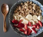 Joghurt und Müslies / Frühstück oder Snack