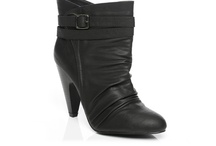 unze boots / Unze uk have the supreme quality of boos for men and women.