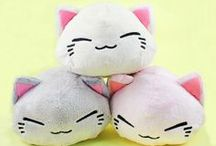 In Love With Plush / Plush toys and pillows that exude cute