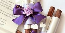Purple Wedding / Wedding invitations, favors, menus, place cards, flowers, table settings and more purple wedding beautiful details.