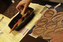 Printti & Pisto Vuotalo / Printti ja Pisto -kurssin opiskelijoiden ihanuuksia Vuotalolla. Print & embroidery projects in Alabama Stitch style at community college course in Vuosaari.