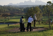 Golf & Wine / Enjoy the sights and a refreshing break in your holiday with this relaxing tour. Play in a 18th hole par 3 golf course. Surrounded by a magnificent landscape and gorgeous fields. Visit Oller del Mas a Millennial Castle and will taste a château wine.
