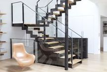 Escalier Décoration Loft, Atelier ou Ancienne Usine / Lorsque l'on ouvre les espaces, que l'on crée des vides cathédrale, que les cloisons tombent... L'escalier s'expose et son design devient primordial. Pour l'escalier de votre loft atelier, faites appel à Escaliers Décors® et exigez l'original !