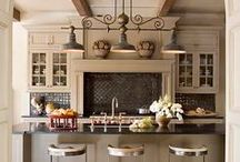 Kitchens We Love / Kitchen designs that we LOVE featuring our favorite kind of fixtures.