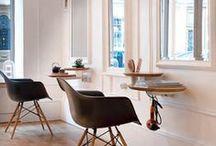 Déco salon de coiffure ! / Quoi de plus agréable que de lézarder chez son coiffeur ? Ce tableau regroupe des idées et inspirations des plus beaux salons de coiffure ! Fan de déco? Abonnez-vous à ce tableau #coiffeur #deco #hairdresser ! / by Gouiran Beauté