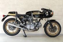 Classic Italian Motorcycles / Classic Italian Motorcycles