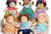 Little Rubens Party / As younger siblings of the classic Rubens Barn Originals, Little Rubens happily follow along with you to any occasion. Fun, energetic and social, these dolls love to celebrate with style!