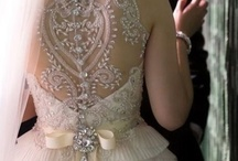Bridal Fashions / Inspiring wedding gowns. Divine accessories. Current trends.