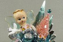 Christmas Corsages / Vintage Christmas Corsages. Vintage Christmas Flowers. Vintage Christmas Floral Arrangements.
