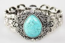 tUrQuOiSe / Inspiration grows in even the tiniest places / by CarolLynn Gregson