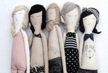Plushies&Dolls / by Cécile // la belette rose