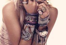 Fashionista / by Jamie Lehew