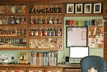 Craft Rooms/ Work Spaces / by Annette Metten