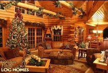 Christmas Decorated Log Homes / #christmas #snow #holidays #loghome #logcabin #loghomes #logcabins #LogHomeLiving #decorations #christmasdecorations #christmasdecor