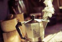 """Chá das Cinco / """"Em vez de me apaixonar uma xícara de chá por favor ela aquece a minha alma e elimina minha dor agradeço a quem inventou essa bebida"""""""