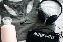 SPORTSWEAR. / Even in the gym you can look good.