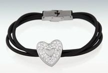 Memorial Jewelry / Perfect Memorials takes deep pride in providing a wide range of memorial products to help in remembering your loved ones. We carry several thousand jewelry pieces available for purchase at www.perfectmemorials.com.