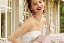 ♥ PRINCESS FOR A DAY ♥ 2 ♥ / Amazing wedding dresses, details and the occasional great idea for one. Thank you for following me! Have originality, so try to pin with respect!