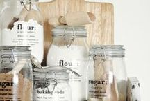 Kitchen organizing labels
