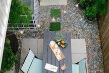 Small Backyard Landscaping Ideas / Really small garden, small backyard decorating ideas, landscaping Ideas, exterior design, beach inspired details, outdoor design ideas, privacy screens ideas