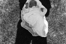 Kenneth Josephson 1932 / Photographe américain. Né à Detroit. Élève de Minor White. Influencé par Aaron Siskind et Harry Callahan. Co-fondateur en 63, avec trente autres photographes, de la Society for Photographic Education. Wiki