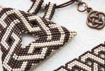 peyot triangle / gyöngy