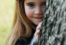Tiny Vibrant People / Lovely children