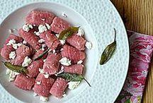 Wege + Vegan / Przepisy z blogów Redaktorów Magazynu kulinarnego GRYZ