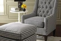 Houndstooth pattern ... everywhere you look / Because iI like it.